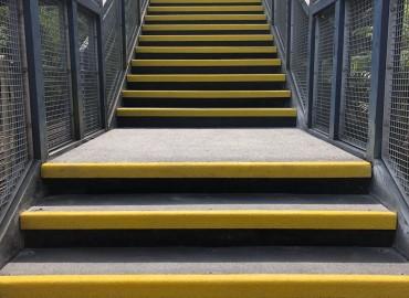 Heavy Duty Anti Slip GRP Stair Treads 1