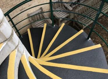 Anti Slip Spiral Stair Treads 1