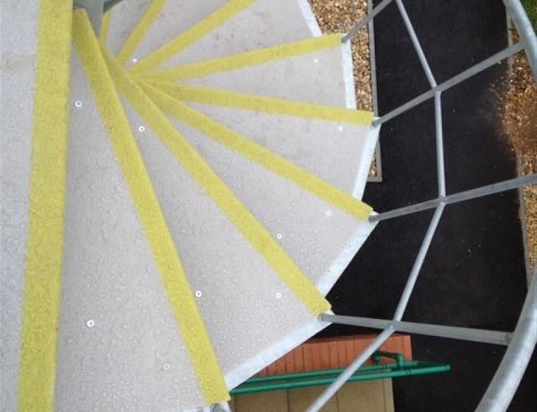 Anti Slip Spiral Stair Treads 4
