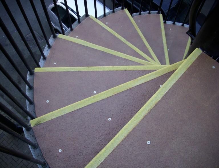 Anti Slip Spiral Stair Treads 5